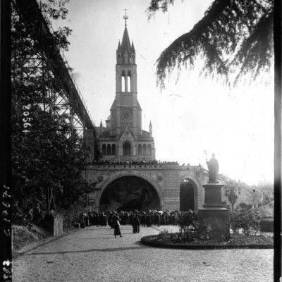 La canonisation de Jeanne d'Arcc à Rome pélerinage à Notre Dame de Lourdes au Vatican